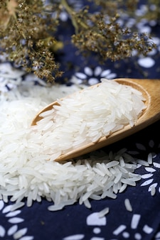 Tai rice in a wooden bowl