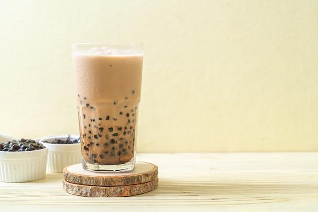 Тайваньский молочный чай с пузырьками - популярный азиатский напиток