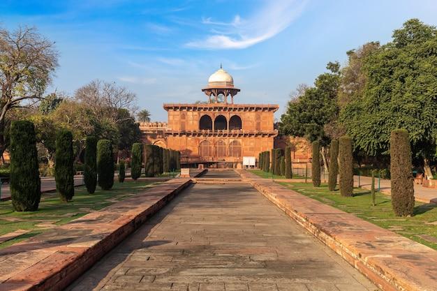 Taj museum in taj mahal complex, india, agra.