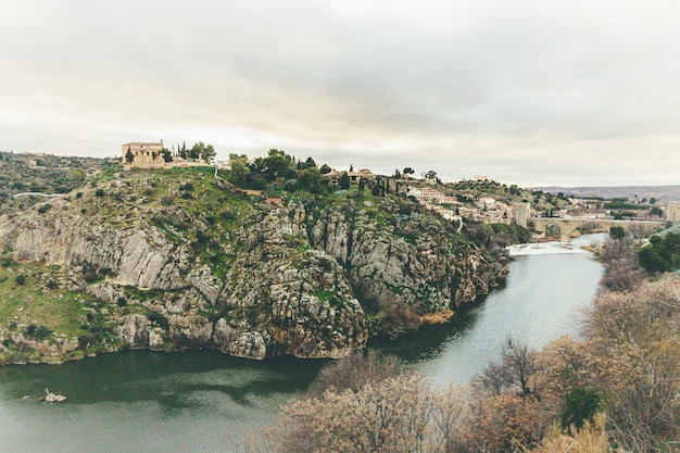 Tajo river on its way around the city of toledo.
