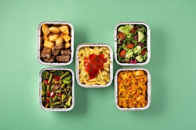 ホイルボックスで健康食品をテイクアウト