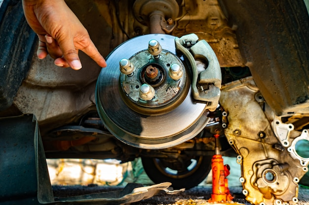 Take off the car wheels for car service to repair