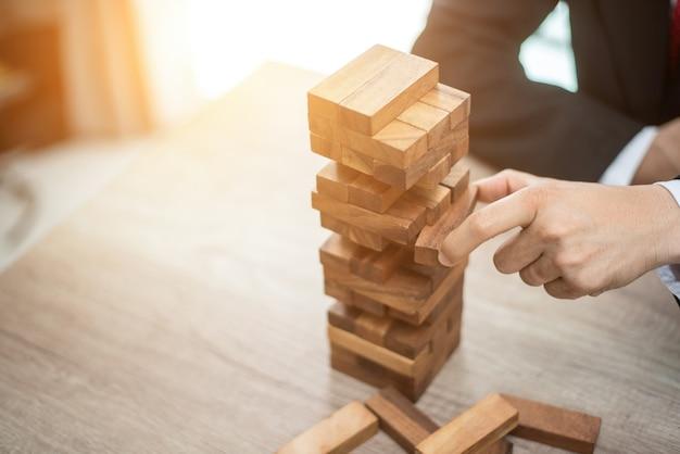 Сделайте следующие шаги к своим целям. концепция развития бизнеса