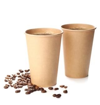 화이트에 테이크 아웃 커피 컵