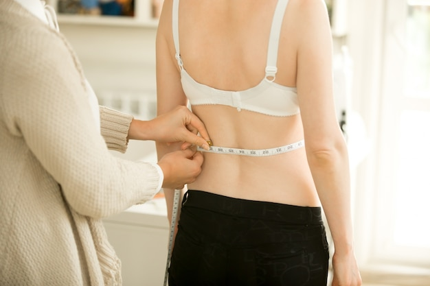 Taking accurate waist measurements