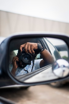 Taking beautiful pictures in a car with a camera