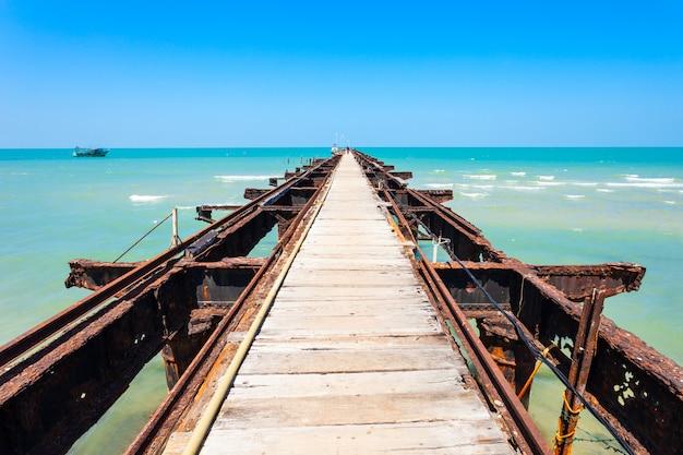 タリマンナール桟橋、スリランカ