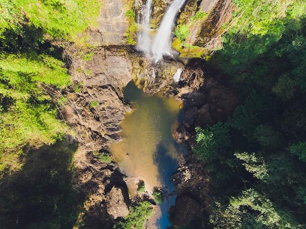 タムナン滝、スリパンガー国立公園、タクアパ地区、パンガー、タイ。