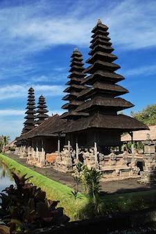 Храм таман аюн на бали, индонезия