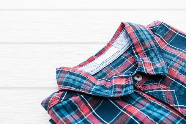 타탄 또는 체크 무늬 셔츠