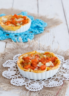 Tartlets with pumpkin and cheese