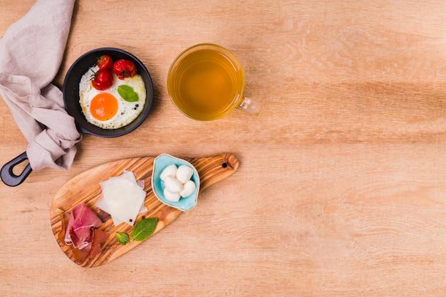 Tasty breakfast platter with copy space