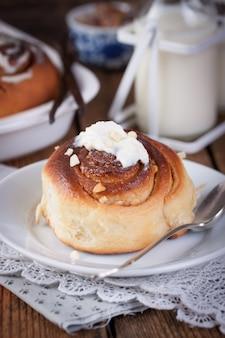 Tasty bun with almonds