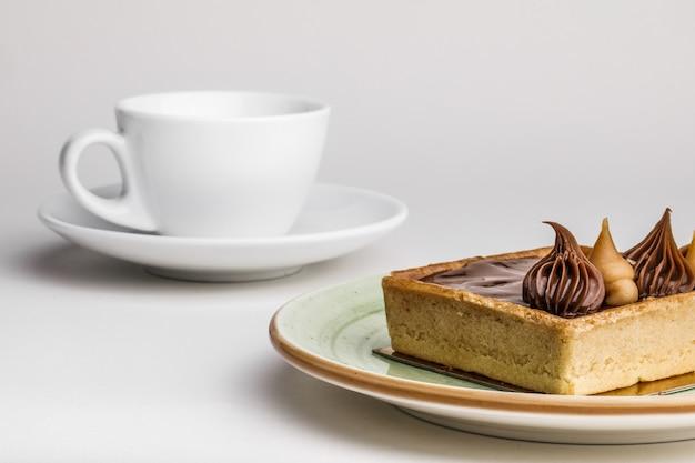 おいしいケーキとお茶