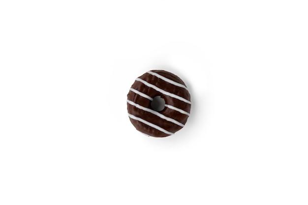 白い表面においしいチョコレートドーナツ