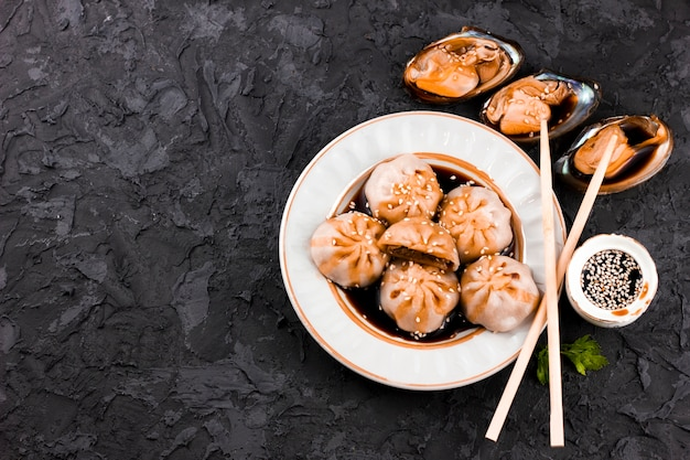 Tasty dimsum and oysters dish