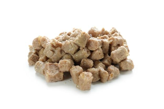 Вкусный корм для домашних животных, изолированные на белом фоне