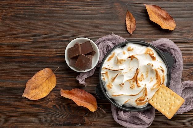 Вкусная десертная композиция s'mores