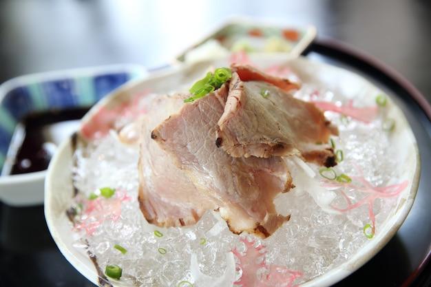たたきフライドビーフステーキ日本食