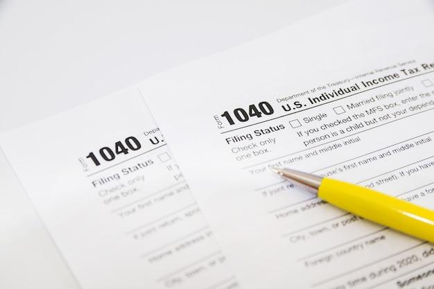 Налоговые формы 1040. финансовая концепция.