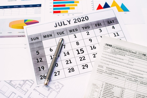 Taxes 2020, federal tax filing deadline extended to july 15 due to coronavirus.