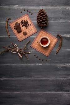 チョコレートコピースペースを添えてお茶