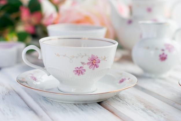 Tea set with floral print