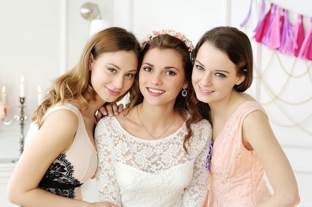 Команда невесты