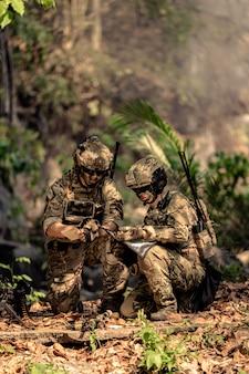 Команда солдат