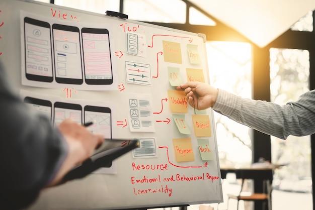 Ux ui 디자이너 모바일 개발 경험 앱 팀.