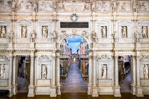 이탈리아의 유네스코 세계 유산 비 첸차의 테 아트로 올림 피코