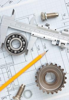Технический чертеж и инструменты