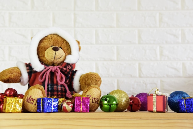Teddy bear christmas-tree background and 2019 happy new year background