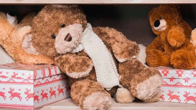 テディーズとプレゼントボックス