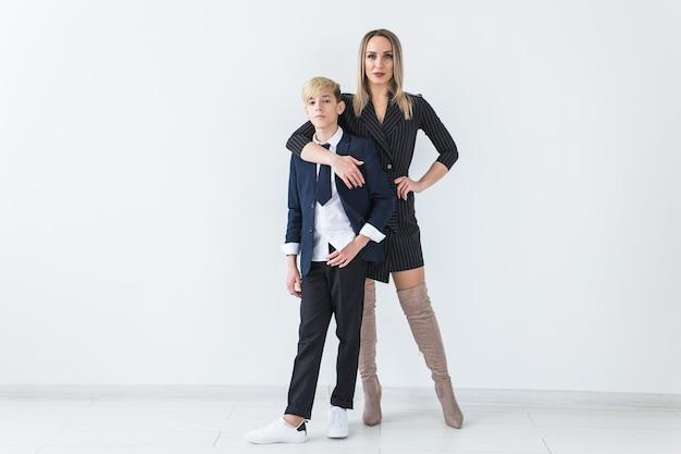Подросток и родитель-одиночка
