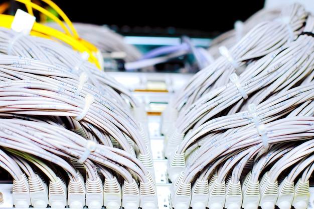 Телекоммуникационная линия e1 в дата-центре оператора мобильной связи.