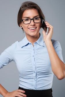 가장 중요한 고객 중 한 명과 전화 통화