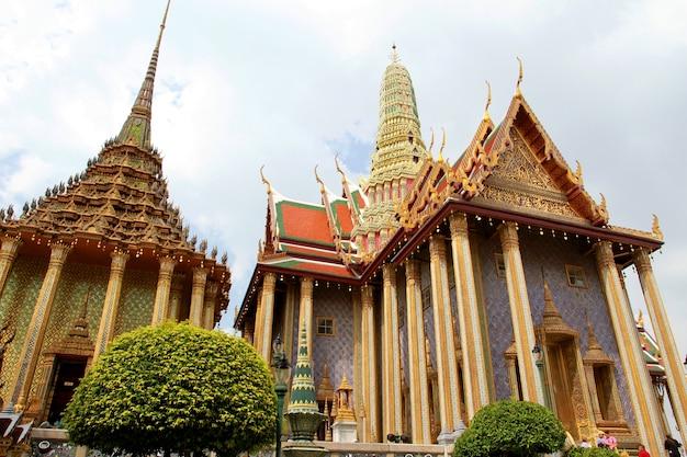 Temple of the emerald buddha in bangkok, thailand.