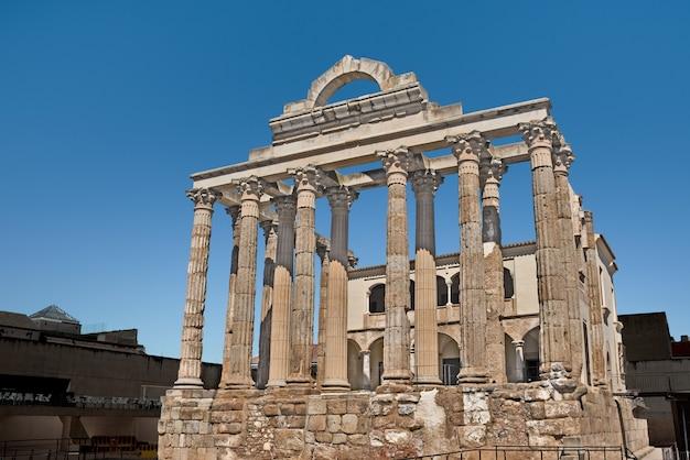 Храм дианы, мерида, испания