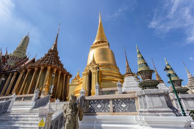 에메랄드 사원 또는 왓 프라깨우 사원, 방콕, 태국