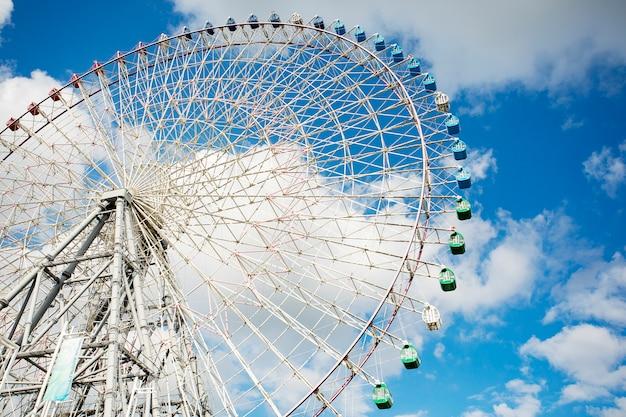 Tempozan ferris wheel on of most popular traveling destination in  osaka japan