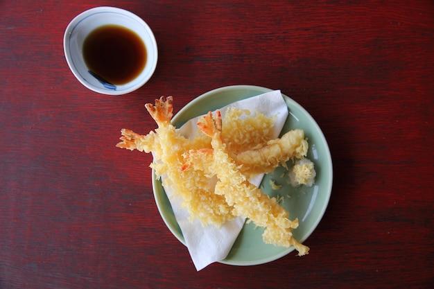 Темпура жареные креветки по-японски