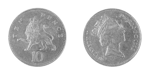 白い背景に分離された10ペニーペンスコイン、1992年、イギリス