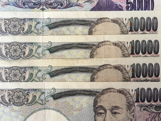 Ten thousand and five thousand japanese yen banknotes.