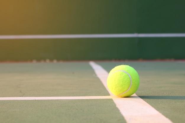 テニスボール、コート、日光、フレア