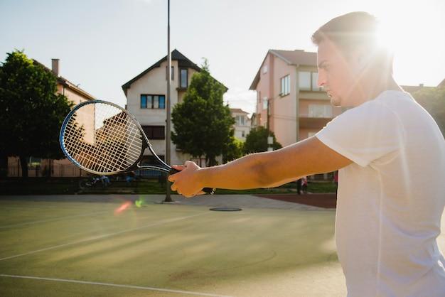 テニス選手と太陽の効果