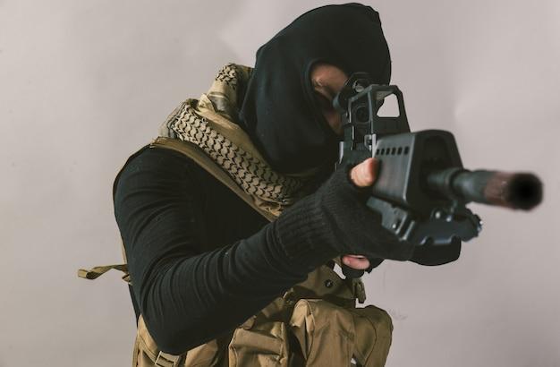 テロリスト射撃