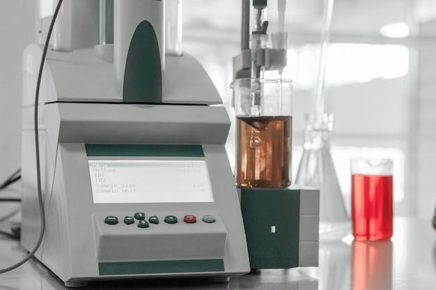 생산 및 가공을 위한 공장의 테스트 실험실 및 측정 기기
