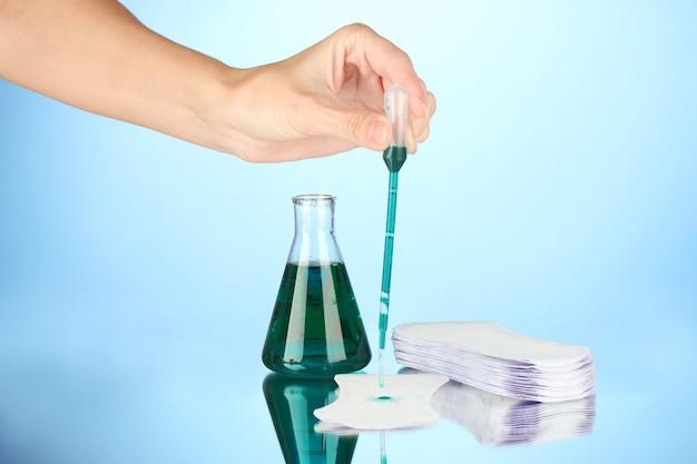흡수성에 대한 생리대 테스트
