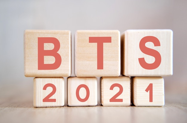 Text - bts 2021 on wooden cubes, on wooden surface